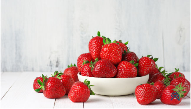 الفراولة تحتوي علي فيتامين سي